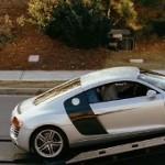 Скрытая реклама Audi R8 в фильме «The Joneses» (Семейка Джонсов)