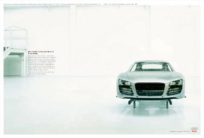 Реклама автомобиля Audi R8
