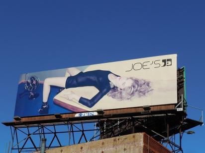 Модный билборд Joe's Jeans