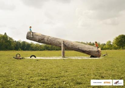 Креативная реклама бензопилы - Качели