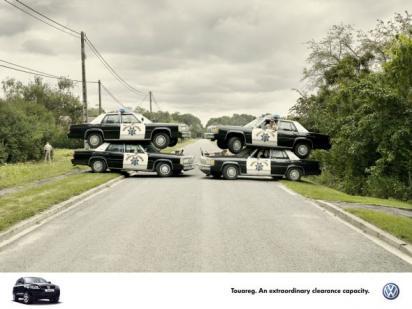 Реклама автомобиля Volkswagen Touareg