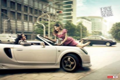 Реклама против разговоров за рулём