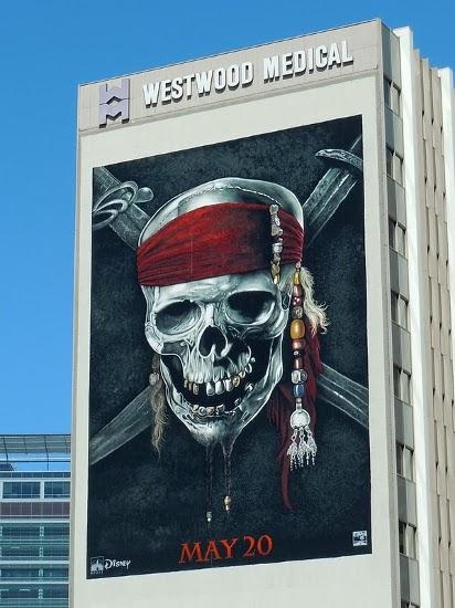Билборд Пираты Карибского моря 4: На странных берегах