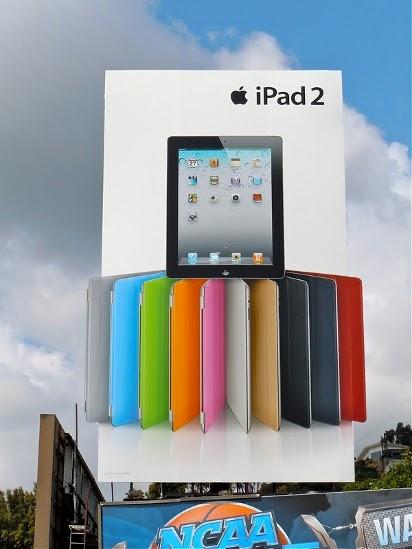 Большой билборд iPad 2