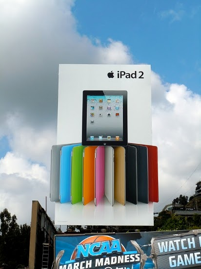 Билборд iPad 2