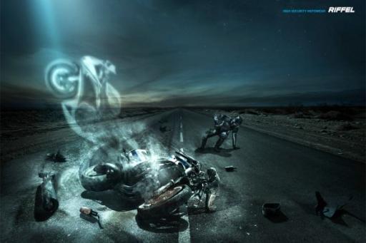 Реклама защитной экипировки для мотоциклистов