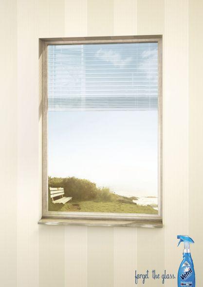 Креативная реклама средства для мытья окон