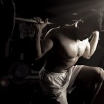 Религиозный мотив в рекламе спортивного клуба Gold's Gym: Сохрани тело