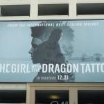 Билборд фильма «Девушка с татуировкой дракона»