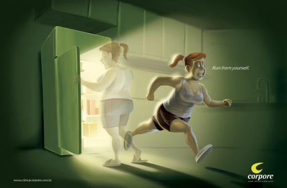 Реклама фитнес клуба - девушка убегает от холодильника