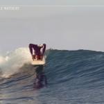 Реклама эластичных костюмов для серфинга Sooruz