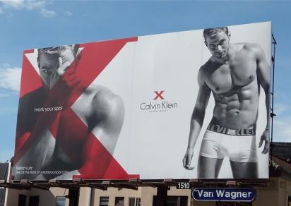 Секусуальная реклама мужского белья Calvin Klein